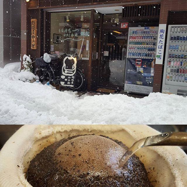 営業中#雪かきはこれから